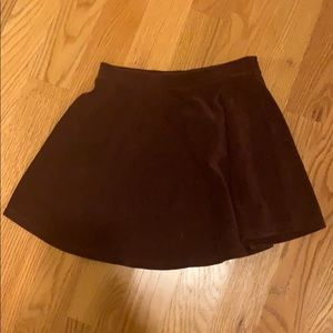 small skirt— never worn. great condition!